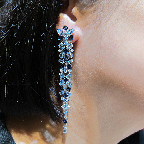 Earring in sapphire, aquamarine and diamonds from the Kaleidoscope collection, CARLO BARBERIS