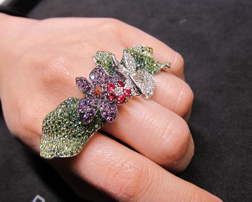 Stunning three finger ring from the Floral Treasures collection, PALMIERO