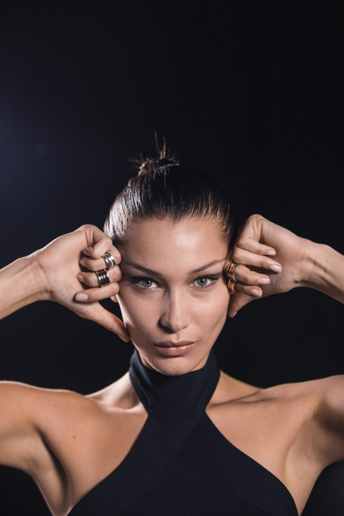 Bella-Hadid-bylgari-labyrinth-pieces