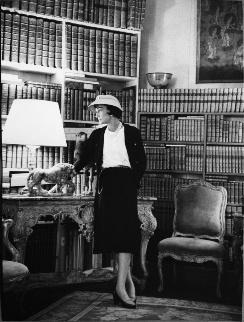 Gabrielle Chanel in her apartment at 31 rue Cambon in Paris in 1957 Photo by Mike de Dulmen