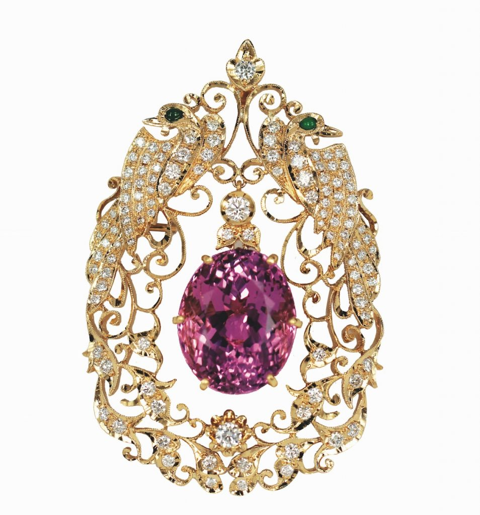 Foundation-jewellers-18k-gold-bridal-brooch-peranakan-jewellery