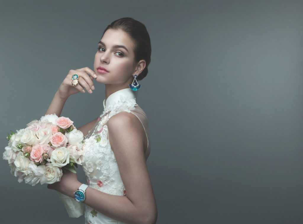 Solitaire-Magazine-Bridal-Issue-High-Jewellery-diamond-sapphire-rings-earrings