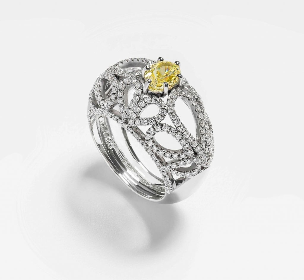 Unique-engagement-ring-LEONORI-GIOIELLI