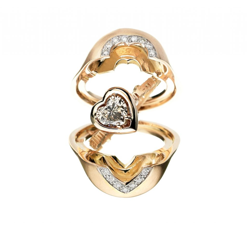 Unique-special-Cache-engagement-ring-ALIA-MOUZANNAR
