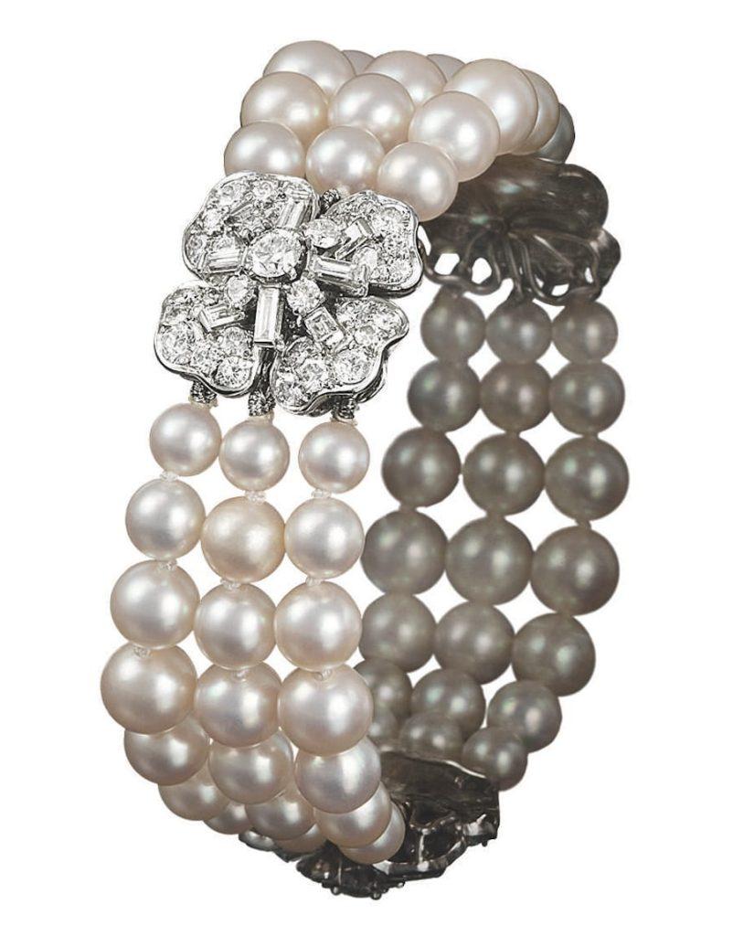 Princess-Grace-Kelly-wedding-jewelry-set-van-cleef-arpels-pearl-diamond-bracelet