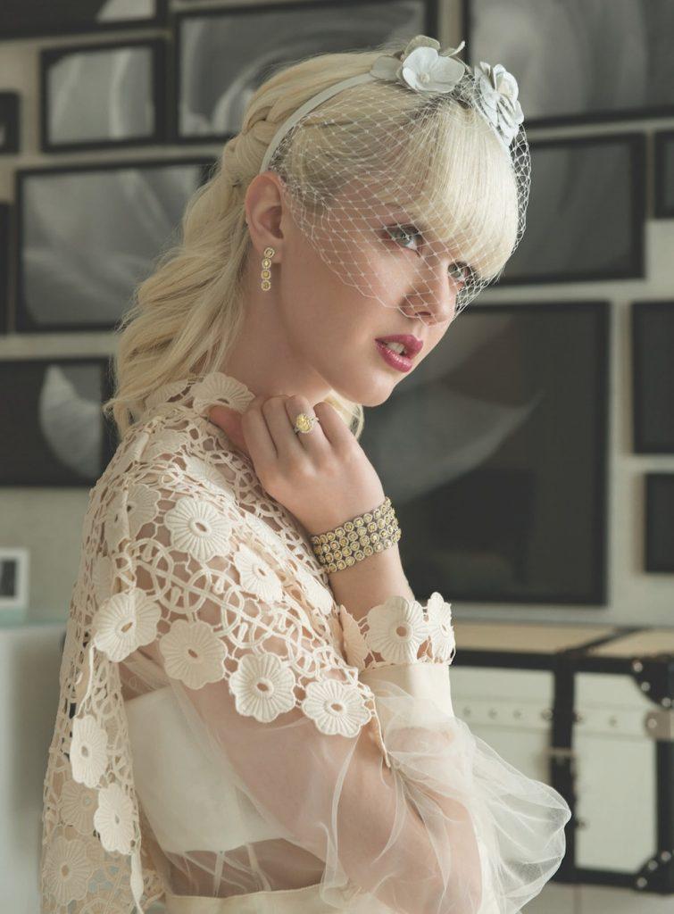 chic-bride-wedding-look-net0a-porter-dress-fine-jwellery-yuli-fine-jwellery