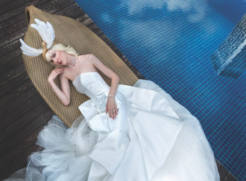 contemporary-brides-looks-inspiration-jewellery-carat-55