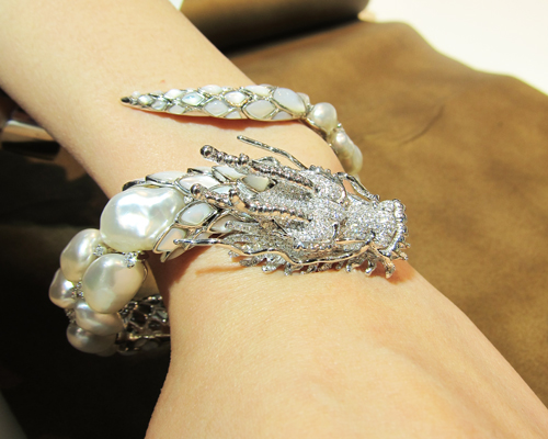 Dragon cuff from the Metropolitan Forbidden City collection featuring keshi pearls, diamonds, and mother-of-pearl, AUTORE
