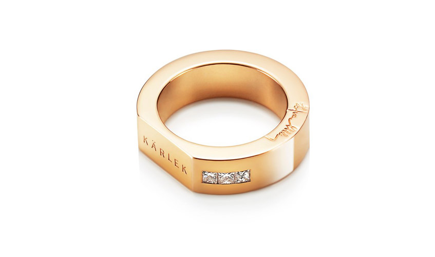 KÄRLEK & STARS wide gold ring, with diamonds, stamped with Kärlek, which means love in Swedish
