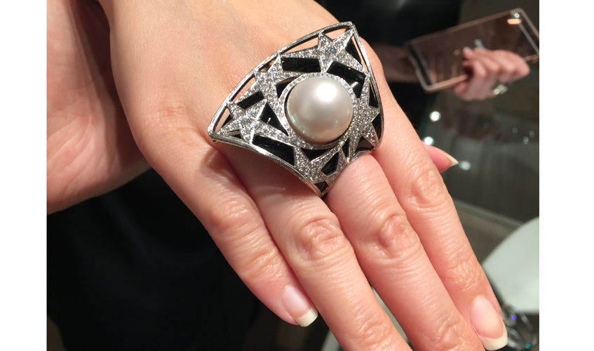 Diamonds and pearl statement ring, SCAVIA