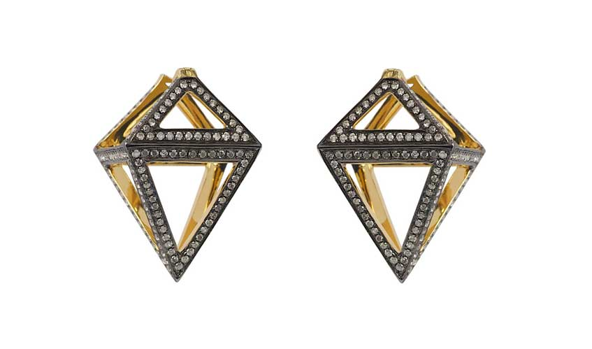 Octahedron earrings crafted in 18K yellow gold set with white diamonds (1.04cts) and finished in black rhodium, from Pendulum collection